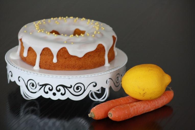 Zitronen-Karotten-Kuchen